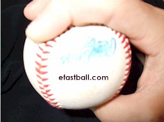 Two-Seam Fastball-lanzamiento
