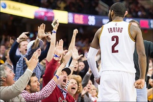 Irving levanta al Quicken Loans Arena