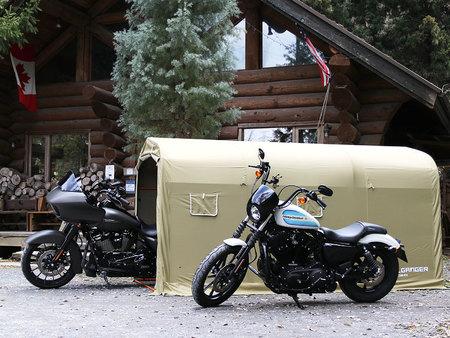 「ストレージバイクガレージ」から、ウルトラ級クルーザーをはじめ大型バイクを格納できるXLサイズを発売。