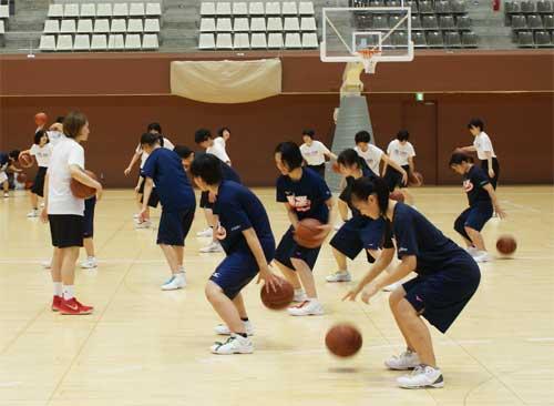 【バスケ・滋賀】8月2日に滋賀県立体育館にてバスケットボール交流試合・クリニックを開催しました!