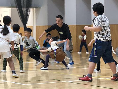 岩崎学園 × 三菱重工相模原ダイナボアーズ × 神奈川県 連携企画「親子タグラグビー教室」を開催いたしました。