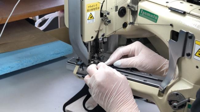 ウエットスーツマスク縫製(接着剤は使わない)