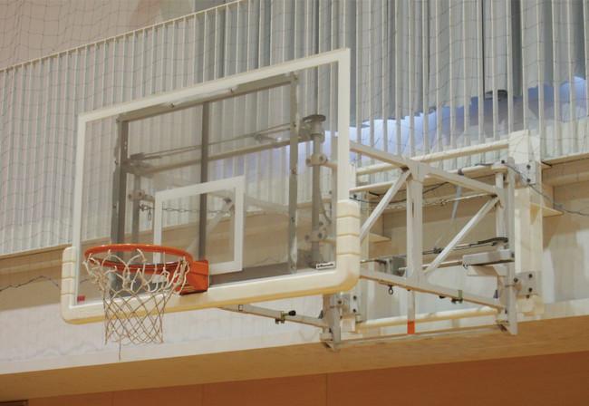 アジア初、セノーの壁面固定折畳式バスケットゴールが国際バスケットボール連盟(FIBA)の認定を取得