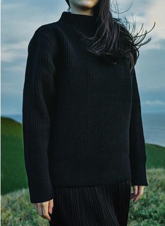 当社オリジナルブランド「Goldwin」からSpiberとの協業製品「The Sweater」11月10日より抽選販売受付開始