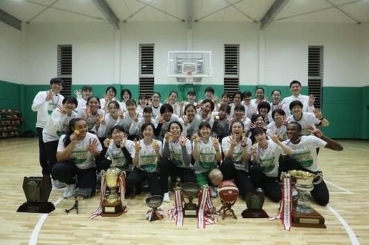 東京医療保健大学 女子バスケットボール部 第72回全日本大学バスケットボール選手権大会 4年連続4回目の優勝
