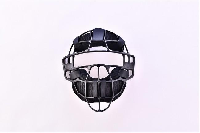 野球シーズン到来:プレーヤーだけでなく1日に多くのゲームを担当される審判の方の負担を軽減できる【審判用マスク】の登場