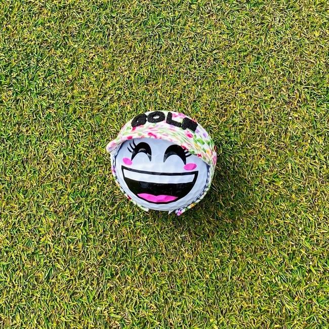 笑顔(女子)ゴルフボールに映える花柄の数量限定サンバイザー