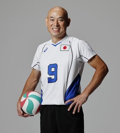 東京2020パラリンピック競技大会のシッティングバレーボール男子日本代表に長浜キヤノン社員の田中浩二選手が選出