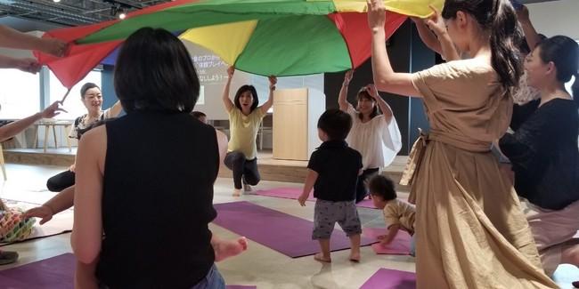運動あそび ※講師:長野五輪メダリスト 岡崎朋美氏
