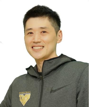 東京医療保健大学 女子バスケットボール部 恩塚亨監督 バスケッボール女子日本代表チーム 新ヘッドコーチに就任決定