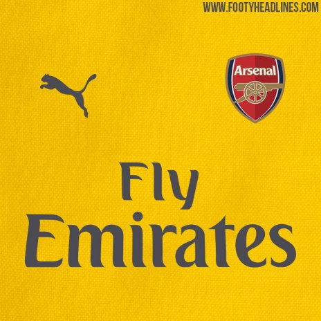Arsenal 2016/17 away kit