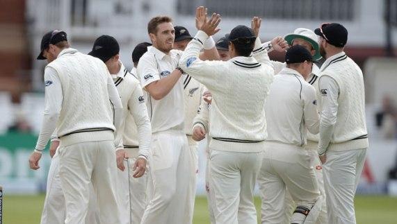 New Zealand cindered Pakistan
