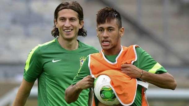 Filipe Luis and Neymar