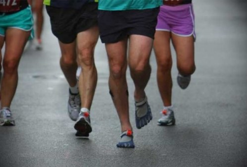 Are Minimalist Shoes Effective for Strengthening Foot Muscles in Runners