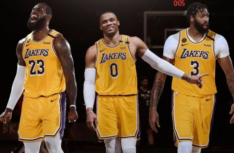 Russell Westbrook to Lakers, Kyle Lowry to Heat Among Moves for NBA Contenders