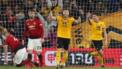 Photo of Wolves 2 Manchester United 1: Young dismissed as Solskjaer´s side miss chance to go third