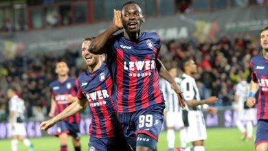 Photo of Simy Nwankwo bags brace to fire Crotone past Entella to Serie B 2nd spot