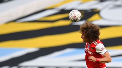 Photo of Fans praise Luiz for his role in Arsenal 2-0 win against City