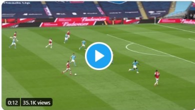 Photo of Watch as Aubameyang puts Arsenal up against Man City in FA semi