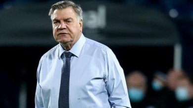 Photo of Allardyce- I don't want COVID, give us a break.