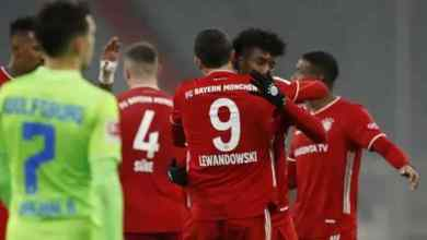 Photo of Lewandowski hits 251 Bundesliga goal mark in Bayern's 2-1 against Wolfsburg