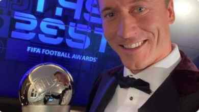 Photo of Lewandowski beats Ronaldo & Messi to The Best FIFA Men's Player award for 2020