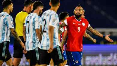 Photo of Argentina held by Chile in Copa opener