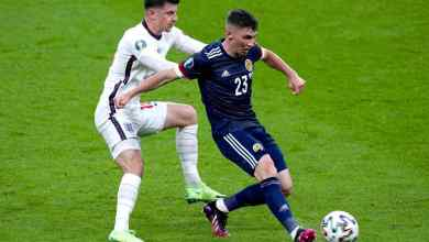 Photo of England stutters, held by Scotland as Croatia also draws