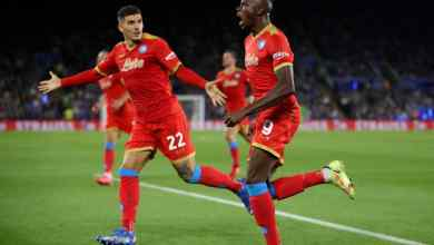 Photo of Osimhen nets brace as Napoli hold Leicester City to draw