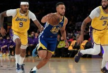 Photo of Curry's triple-double powers Warriors past LeBron's Lakers