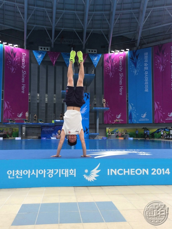 ChowHoWing_Diving_20150906_03