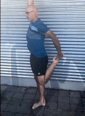 Matt Walsh offers 7 pre-run exercises to stretch and warm up muscles, stay limber and prepared for a good quality run or race.