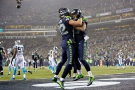 Tight end Luke Willson celebrates with wide receiver Jermaine Kearse after the latter caught a touchdown pass.  (Courtesy of KIRO 7)