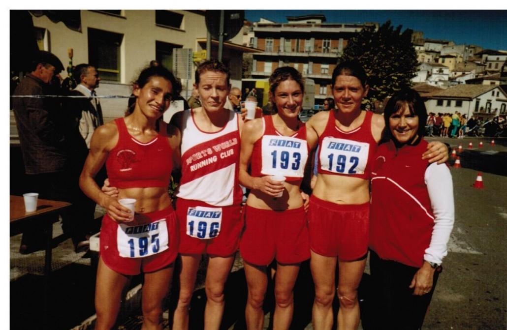 European-Clubs-15km-Road-2004-Lucy-Darcy-Helen-White-Eimear-Martin-Sandra-Gowran-Emily-Dowling-1030x671