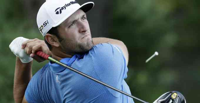 Photo of Dustin Johnson in action