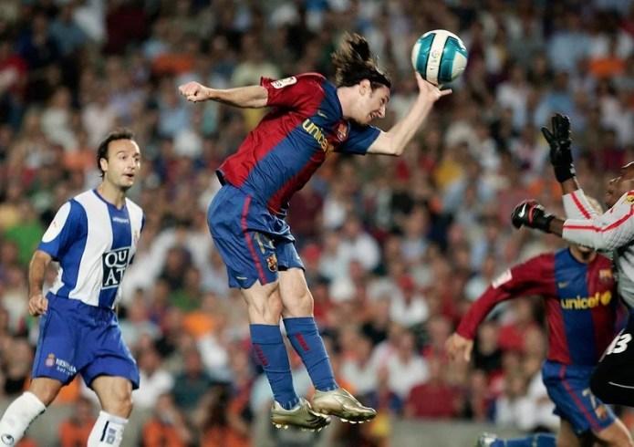 Lionel Messi scores a similar goal to Maradona's 1986 FIFA World Cup goal