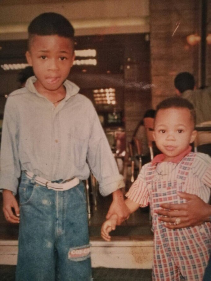 Childhood photo of Thanasis and his younger brother Giannis Antetokounmpo