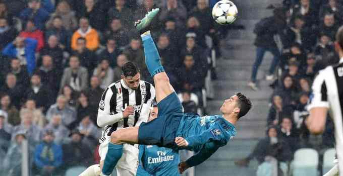 Photo of Cristiano Ronaldo as he scores a bicycle kick goal