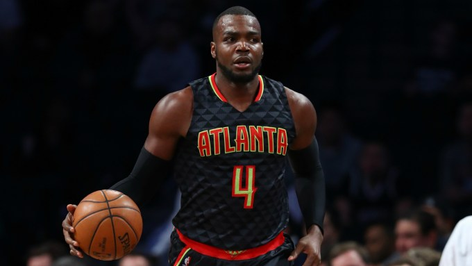 Photo of Paul Millsap with the Atlanta Hawks
