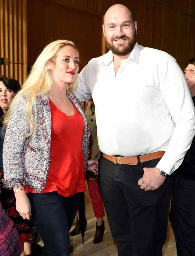 Photo of Tyson Fury with his wife