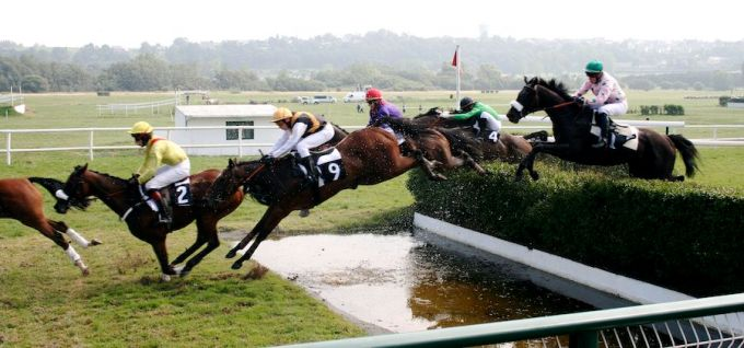 Steeplechase - Horseback Riding - Tough Sports