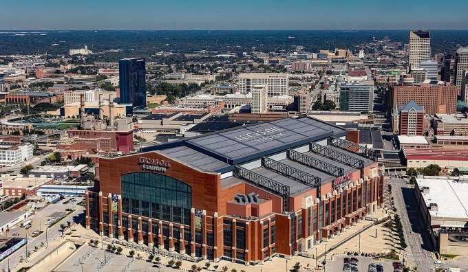 NFL Stadiums by Construction Cost – Indianapolis Colts' lucas oil field