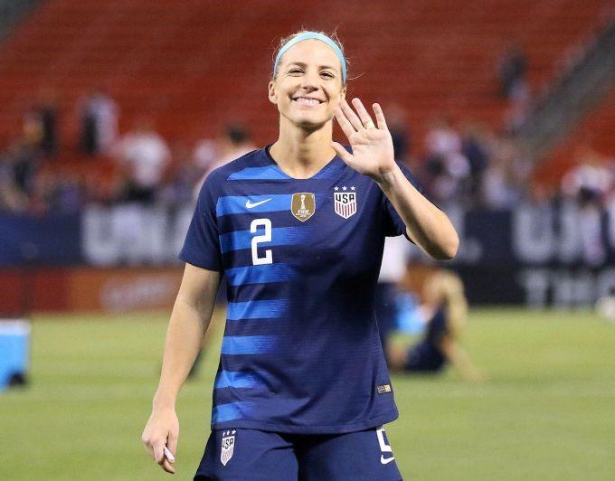 Julie Ertz — MOst Paid Women's Soccer Player