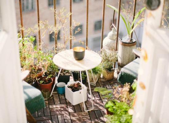Cum să faci din balcon o oază de recreere