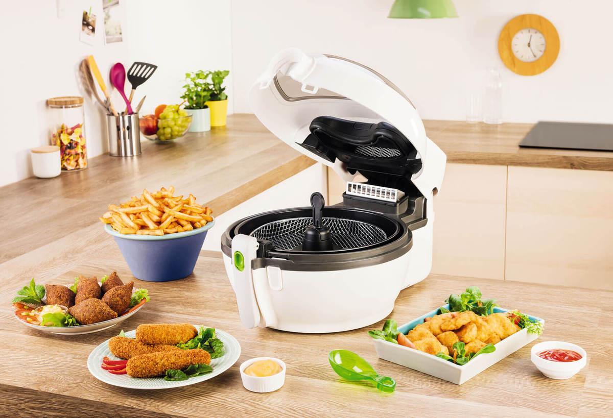 Pentru iubitorii de cartofi crocanți, dar sănătoși: friteuza Tefal ActiFry®