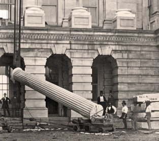 Research image of the US Capitol under construction.