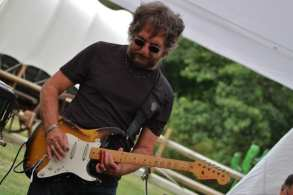 Emerald City slider guitarist Joe Mele.