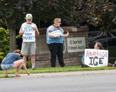 protest web-5732