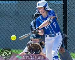 beth-shaker softball-2227