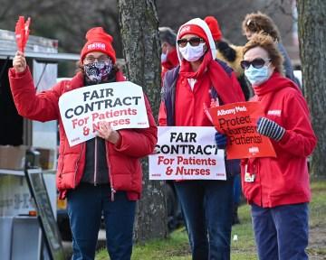 nurses strike web-8489